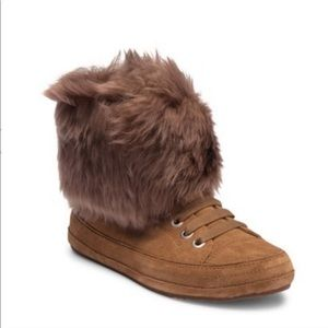 Ugg Antoine Fur Cuff Sneaker boots sz 6 Brown New